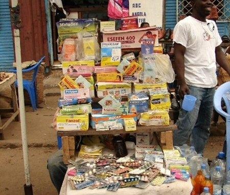 RDC: le secteur pharmaceutique est «chaotique»