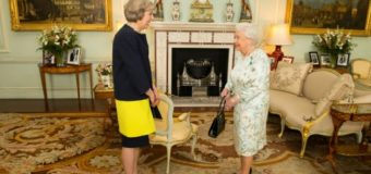 Royaume-Uni: Theresa May investie Premier ministre du Brexit