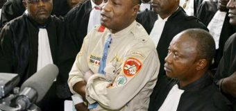 Le tribunal proroge de 15 jours la détention de Koffi Olomidé à la prison