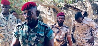 Le colonel John Tshibangu sort de l'ombre et menace de «chasser» Kabila dans 45 jours