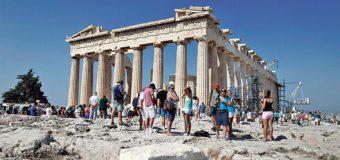 La Grèce sort de la crise et le tourisme bat des records: «Nous sommes débordés !»
