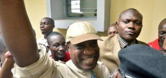 Musique: le chanteur Koffi Olomide libéré sous caution