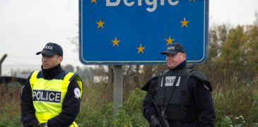 Police officers patrol at the France-Belgium border at Neuville-en-Ferrain on November 14, 2015, following terrorist attacks in Paris resulting in the death of at least 128 individuals and declaration of a state of emergency. AFP PHOTO / DENIS CHARLET / AFP PHOTO / DENIS CHARLET