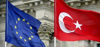 Turquie: le Parlement européen demande le gel des négociations d'adhésion