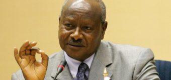 Pour Yoweri Museveni, les Occidentaux ont placé une « marionnette » à la tête de la RDC